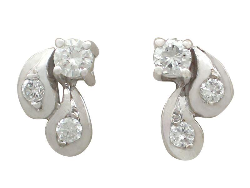 Vintage diamond stud earrings — 7